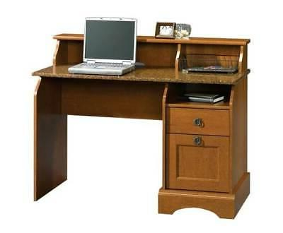 graham hill computer desk w hutch in